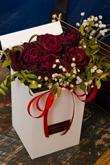 Dark_Red_Valentines_Day_Rose_Bouquet_With_White_Babys_Breath_Flowers